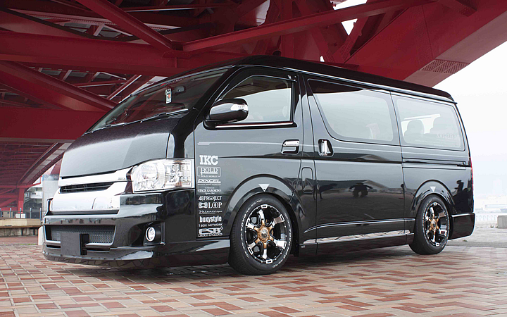 DEMON [LEGANCE Ver.] (attached to HIACE)