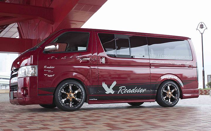 DEMON [RED Ver.] (attached to HIACE)