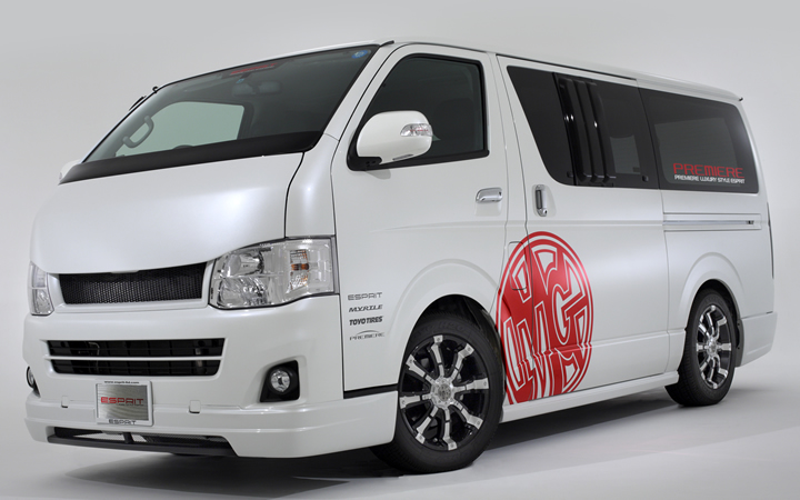 BEAST [BLACK POLISH / CHROME] (attached to HIACE)