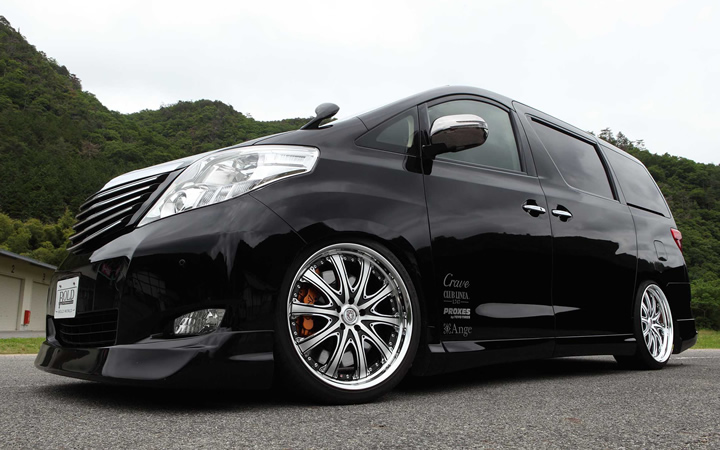 L747S [BLACK POLISH] (attached to ALPHARD)