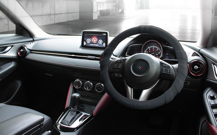 SILICON ULTRA GRIP STEERING COVER [BLACK]