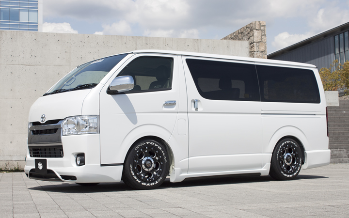 DEMON [BLACK Ver.] (attached to HIACE)