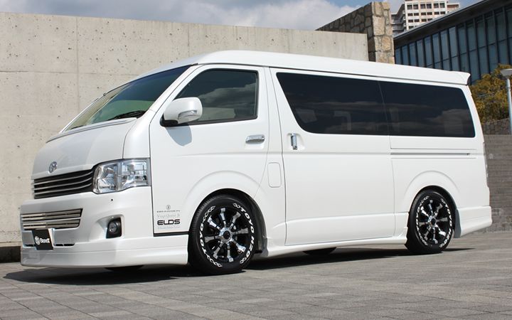 BEAST [BLACK POLISH] (attached to HIACE)