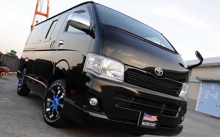 BEAST [BLACK POLISH / BLUE] (attached to HIACE)